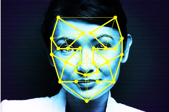 Online gepostete Fotos und Videos von Passanten landen in Datenbanken. Sie dienen der Optimierung von Gesichtserkennung und anderer künstlicher Intelligenz. KI-Datenbanken entstehen auch in der Schweiz.